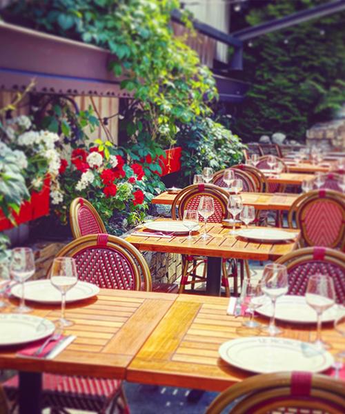 Terrasse au centre de Chamonix